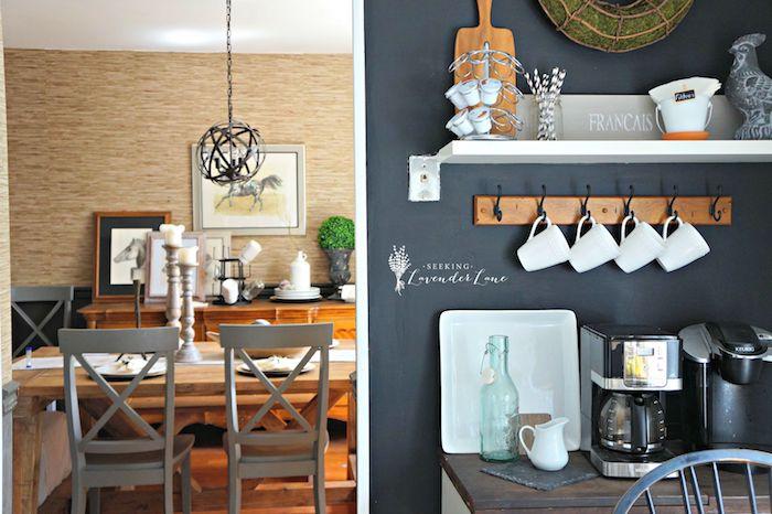eine Tafelfolie in der Küche, sehr gemütliches Ambiente mit schöner Dekoration