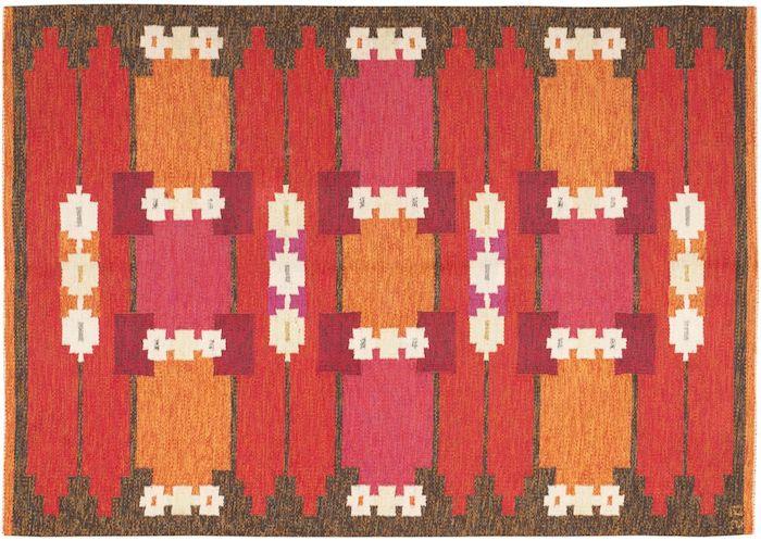 teppich türkis ideen zum gestalten skandinavischer teppich rot orange zyklame