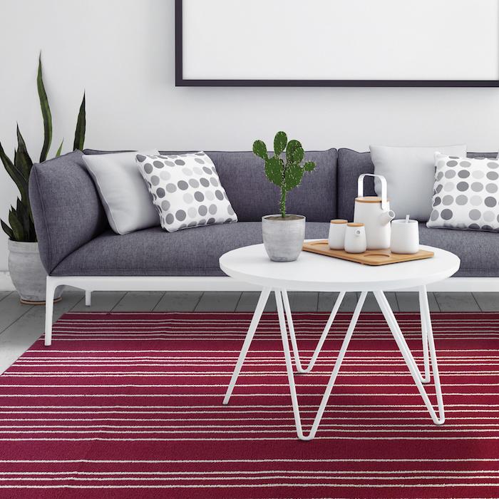 teppich kaufen schöner barberteppich in roter farbe mit weißen linien als deko