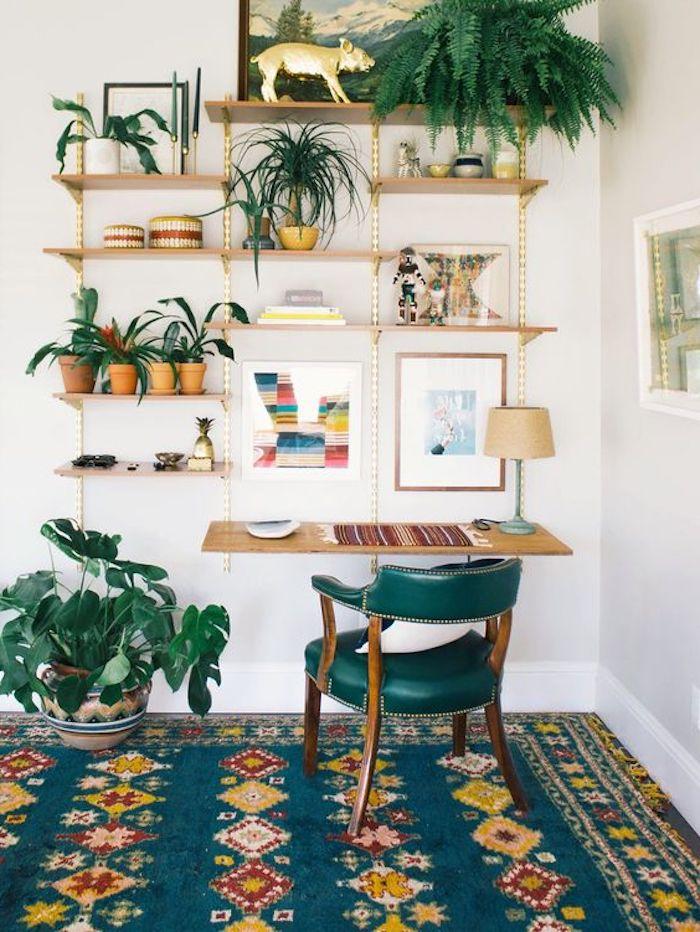 goldener teppich grüne farbe mit goldenen dekorationen wanddeko selber machen