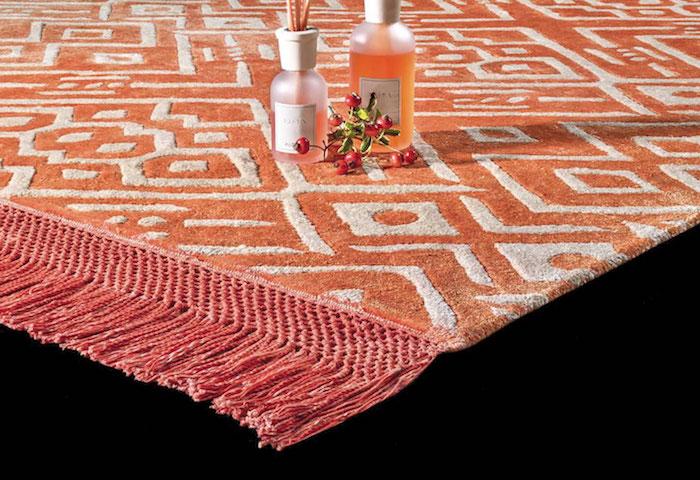 trend teppich in pfirsisch farbe deko geometrischen formen raumduft ideen