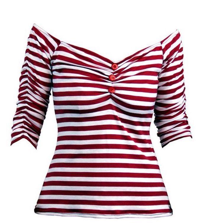 Bluse mit Plisseeärmeln, Plissee Dekolletee mit roten Knöpfen, rote Streifen