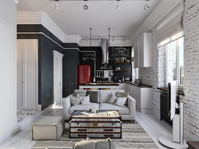 eine kleine Wohnung einrichtung und zur Dekoration mit Tafelfarbe streichen