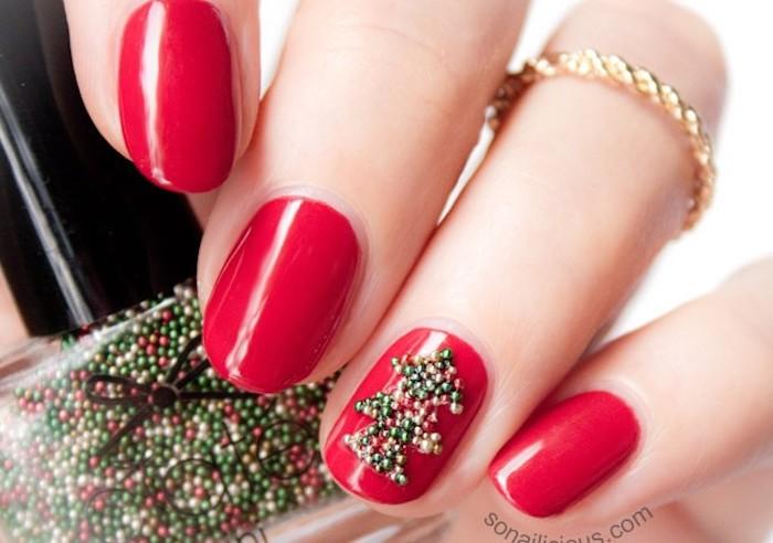 nageldesign weihnachten rote nägel perlen zum dekorieren ring golden maniküre