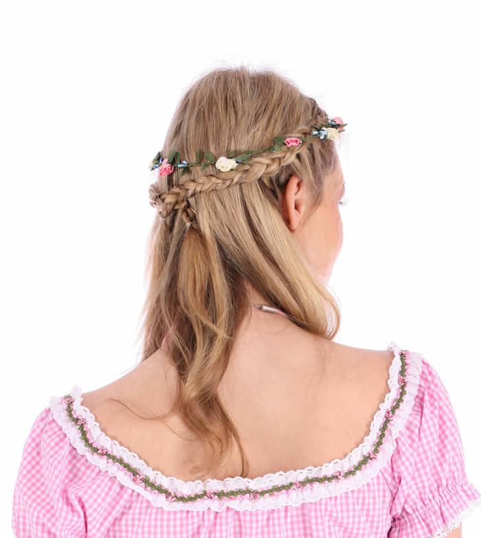 Frisuren mit Haarband rosa und weiße Blumen ein rosa Dirndl - Wiesn Frisuren
