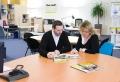 Büroeinrichtung – Tipps und Tricks zu einem günstigen Arbeitsklima