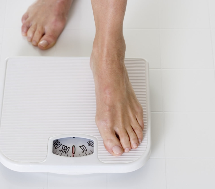 Keine Angst vor der Waage mit einem richtigen Ernährungsplan und ausreichend Bewegung
