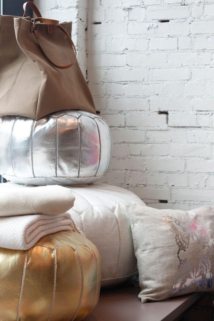 stuhlkissen vintage idee golden weiß silbern tasche beige idee decke wand weiß