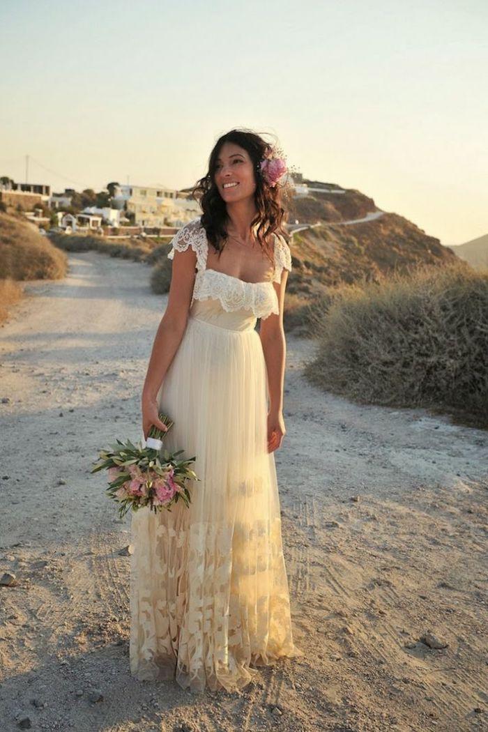 boho hochzeitskleid aus chiffon und spitze, outfit für hochzeit am strand