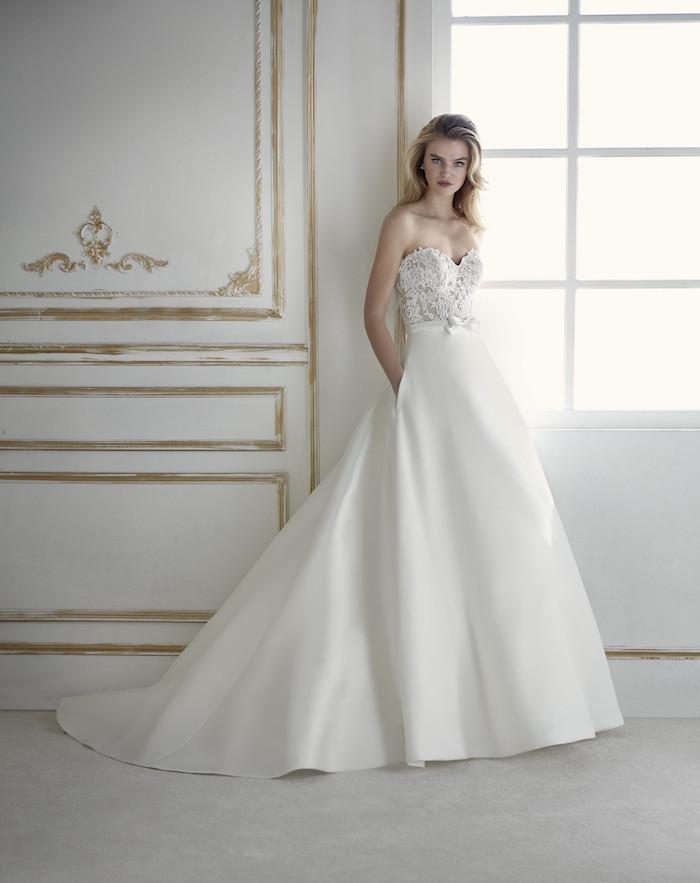 ein Prinzessinnen Kleid - Brautmode