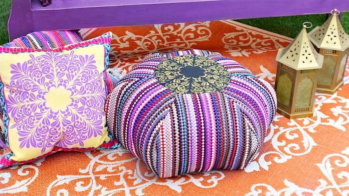 große sitzkissen bunte ideen indische deko asiatische deko lampen lila farbe gelb
