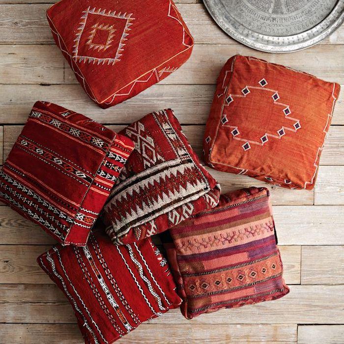 große sitzkissen orientalische deko ideen rot orange bunte muster ideen tablett deko