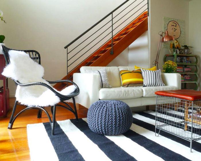 sitz kissen selber stricken teppich weiß schwarz weiße bedeckung vom stuhl sofa treppe