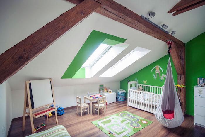 dachgeschoss einrichten idee kinderzimmer weiß grünes design tolle idee tafel