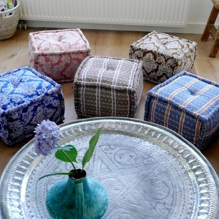 große sitzkissen ideen zum nachmachen quadratische form kissen sitzkissen vase blume