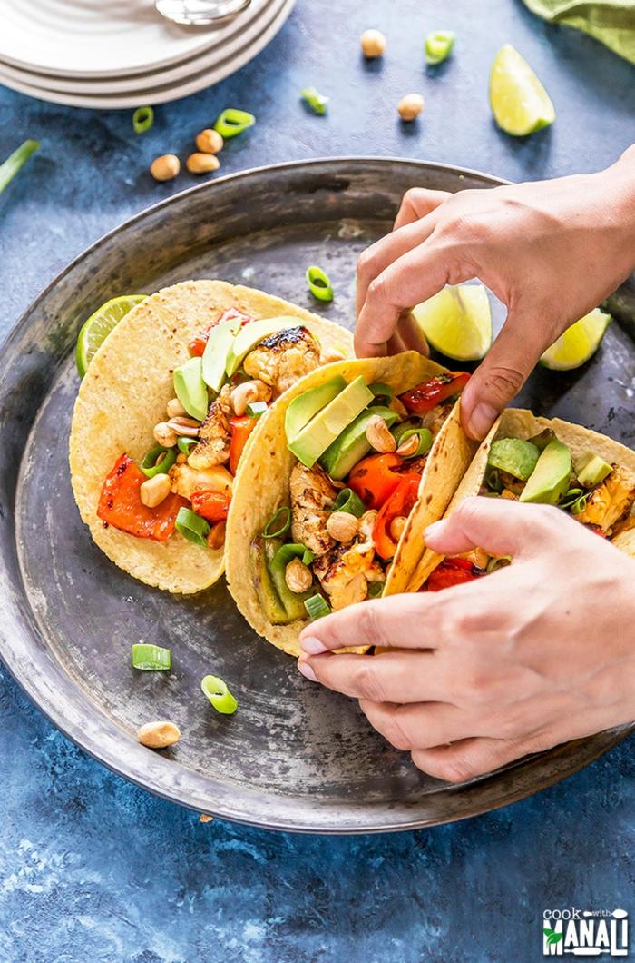 Tacos vorbereiten, einfach, schnell und lecker, Fingerfood für Ihre Party, Rezepte für viele Gäste