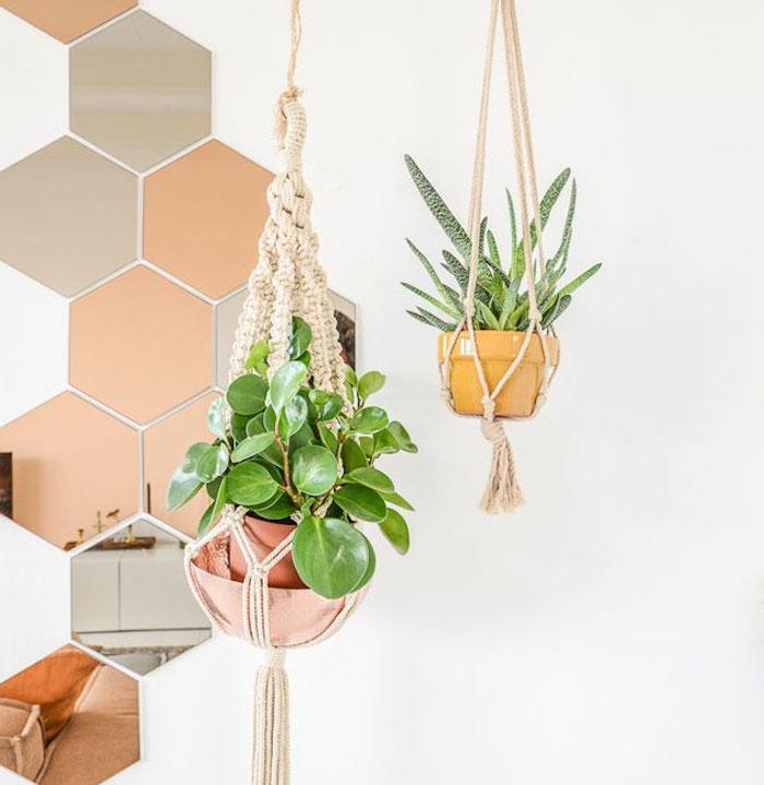 dekorationen für das zuhause schöne ideen grüne blume blumenampel spiegel bunte ideen