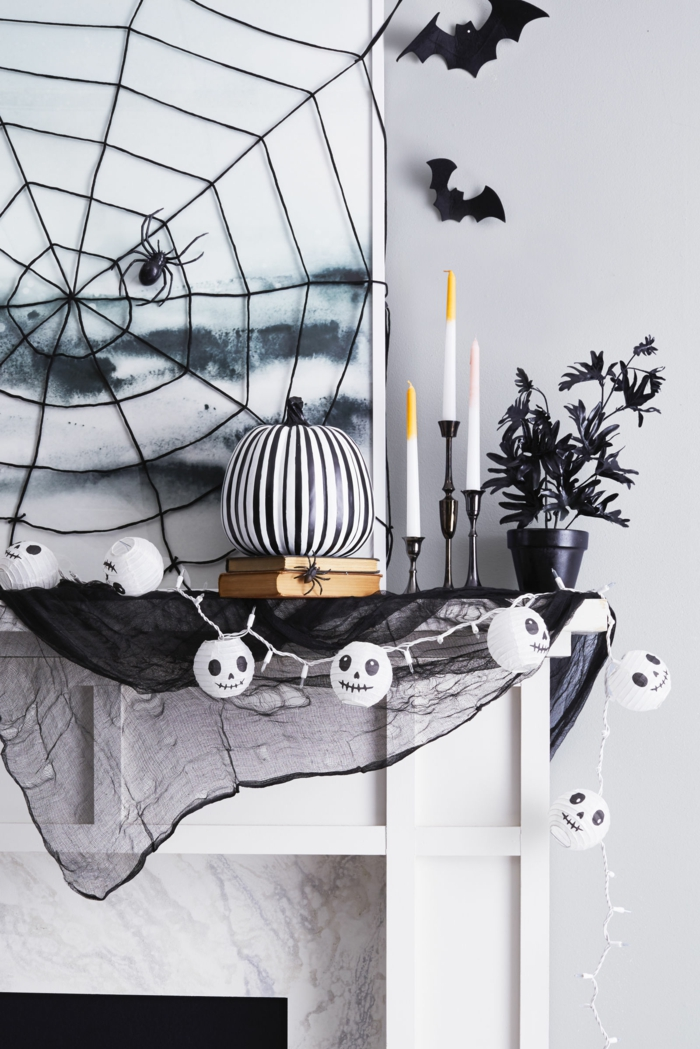 10 halloween gedichte f r schaurig sch ne stimmung. Black Bedroom Furniture Sets. Home Design Ideas