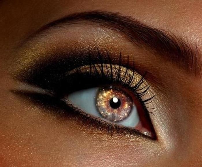 Augenschatten in Goldfarbe mit Brokat, doppelter Lidstrich, Kupferhaut