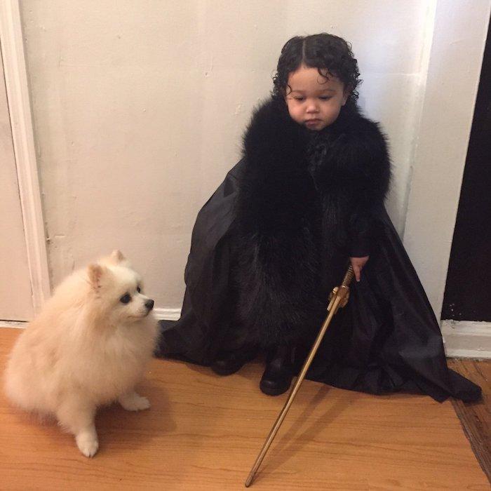Game of Thrones Helden - ein Baby und sein Hund - Halloween Kostüme für Kinder