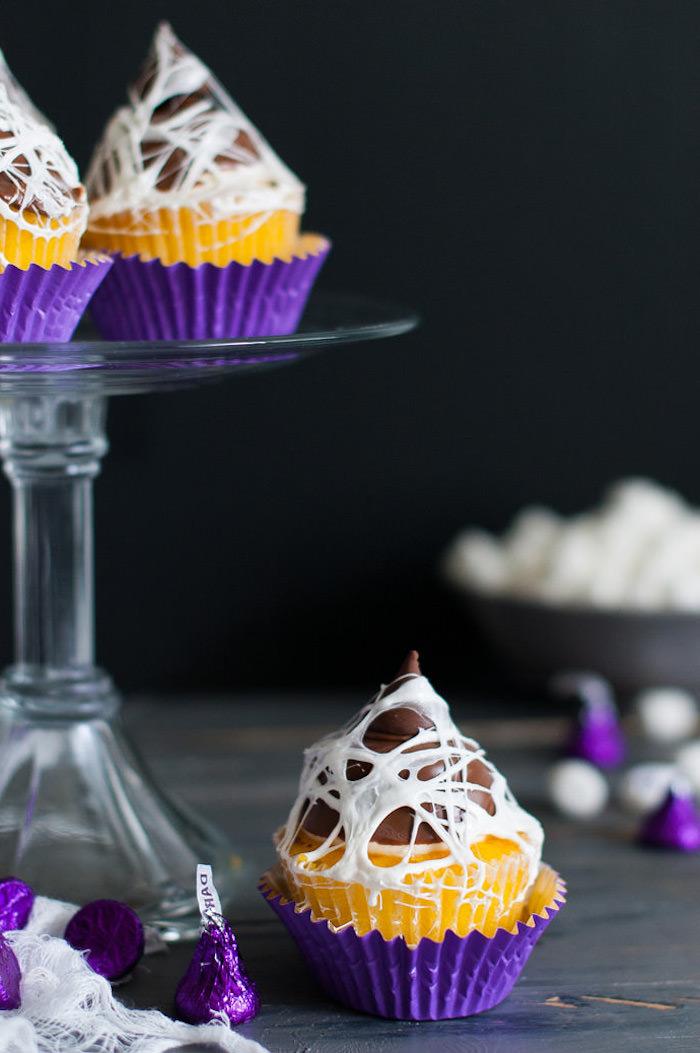 halloween rezepte, cupcakes selber machen und dekrieren