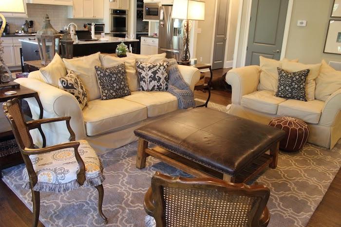 sitzkissen in jedem interieur passend leder design sofa sessel kissen stuhl lampen