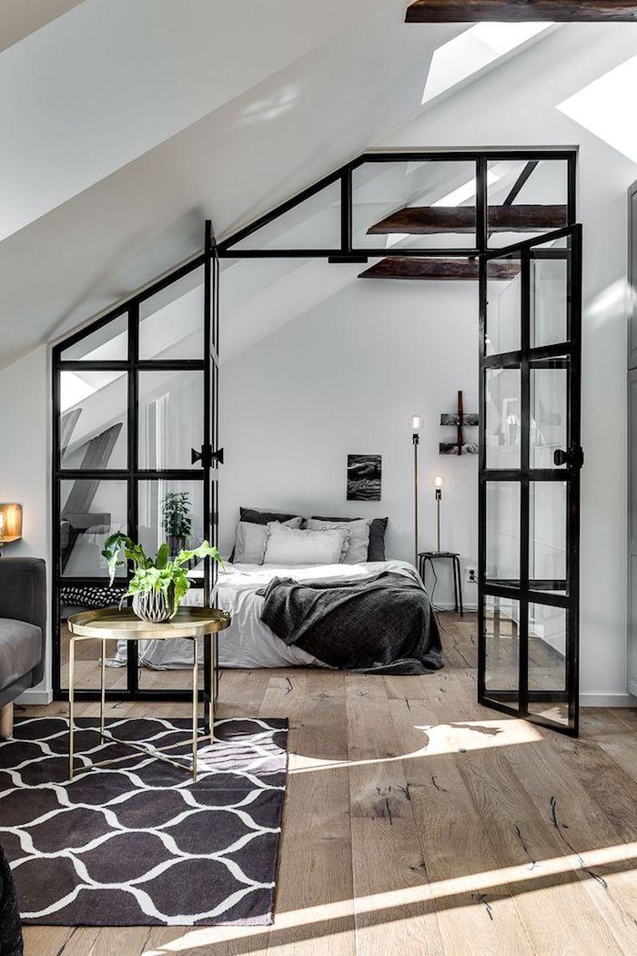 dachgeschosswohnung einrichten beispiele schwarz weißes design bett schlafzimmer