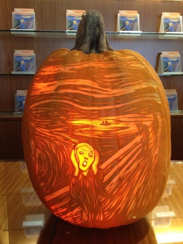 Halloween Kürbis, der ein echtes Kunstwerk ist die Schrei von Munk genau zu schnitzen