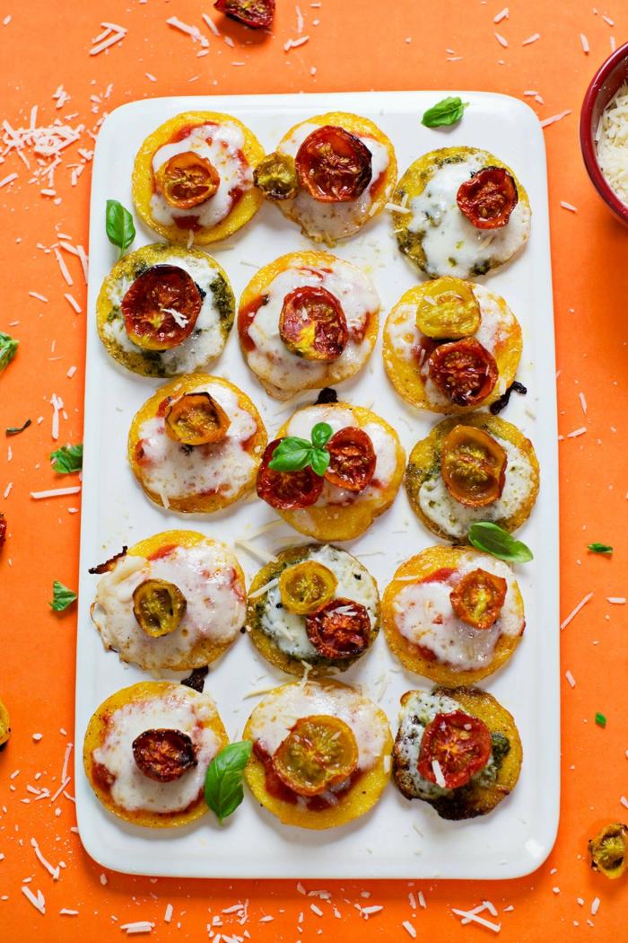 Leckere Partyhäppchen für viele Gäste vorbereiten, einfache Rezepte für Partyessen, kochen und genießen