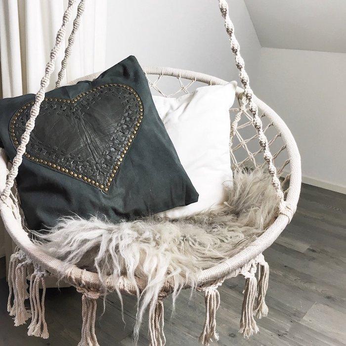 hängeampel selber machen hängesessel stricken kreatives design möbel design zuhause idee dekokissen orientalische deko