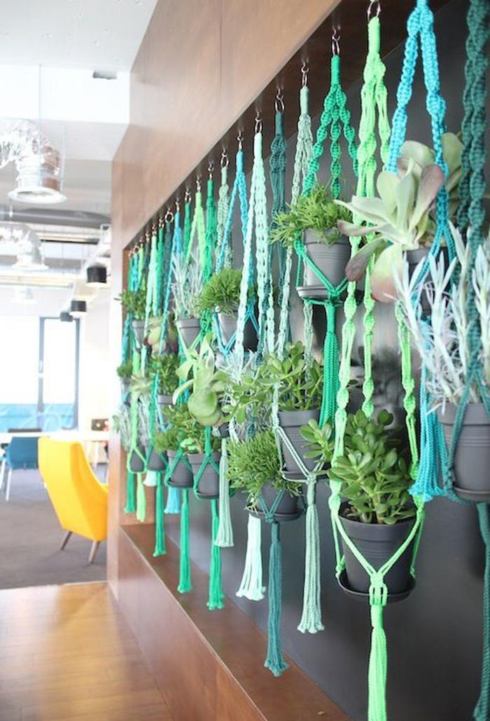 hängeampel selber machen grün und blau deko ideen graue deko gelbe sessel möbel schöne wand