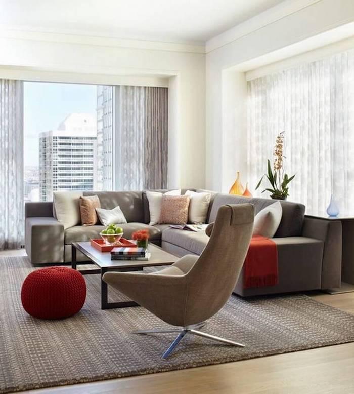 modernes wohnzimmer deko ideen roter bodenkissen sofa kissen auf dem sofa idee
