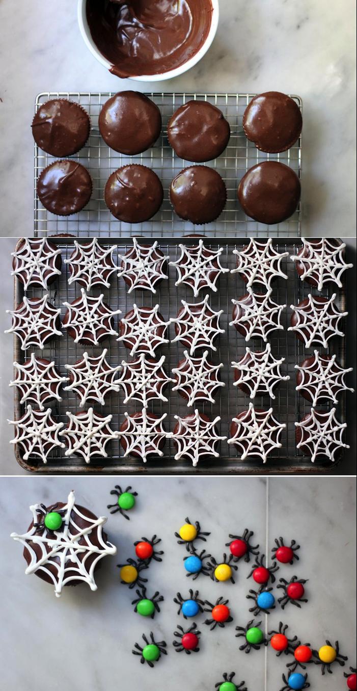 rezepte für halloween, muffins mit spinnweben aus weißer schokolda