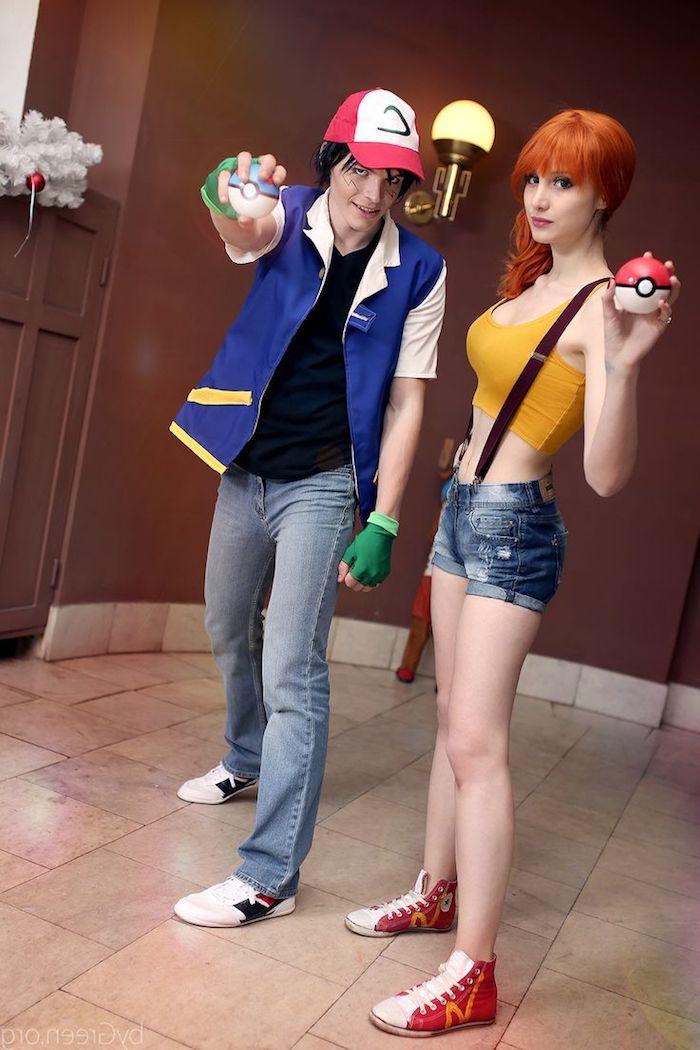Pokemon Kostüme mit Jeans und selbstgemachte Pokeballs - schnelles Halloween Kostüm