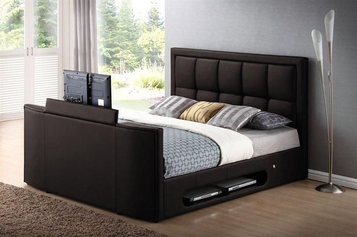 wasserbett 40 ideen f r ein wasserbett vorteile des. Black Bedroom Furniture Sets. Home Design Ideas