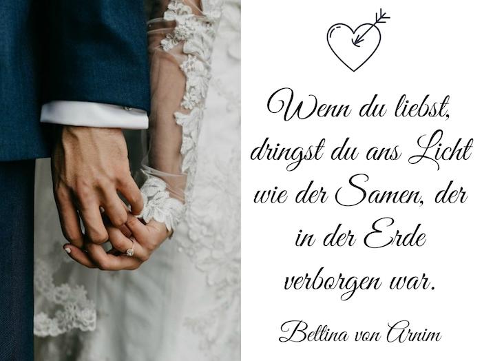 toller spruch von bettina von arnim zum thema liebe und hochzeit und ein bild mit einem liebespaar und händen mit ringen