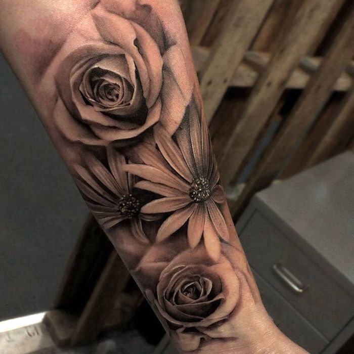 blumen tattoo arm tolle bunte aster blumen tattoo am oberarm outstanding art temporary flower. Black Bedroom Furniture Sets. Home Design Ideas