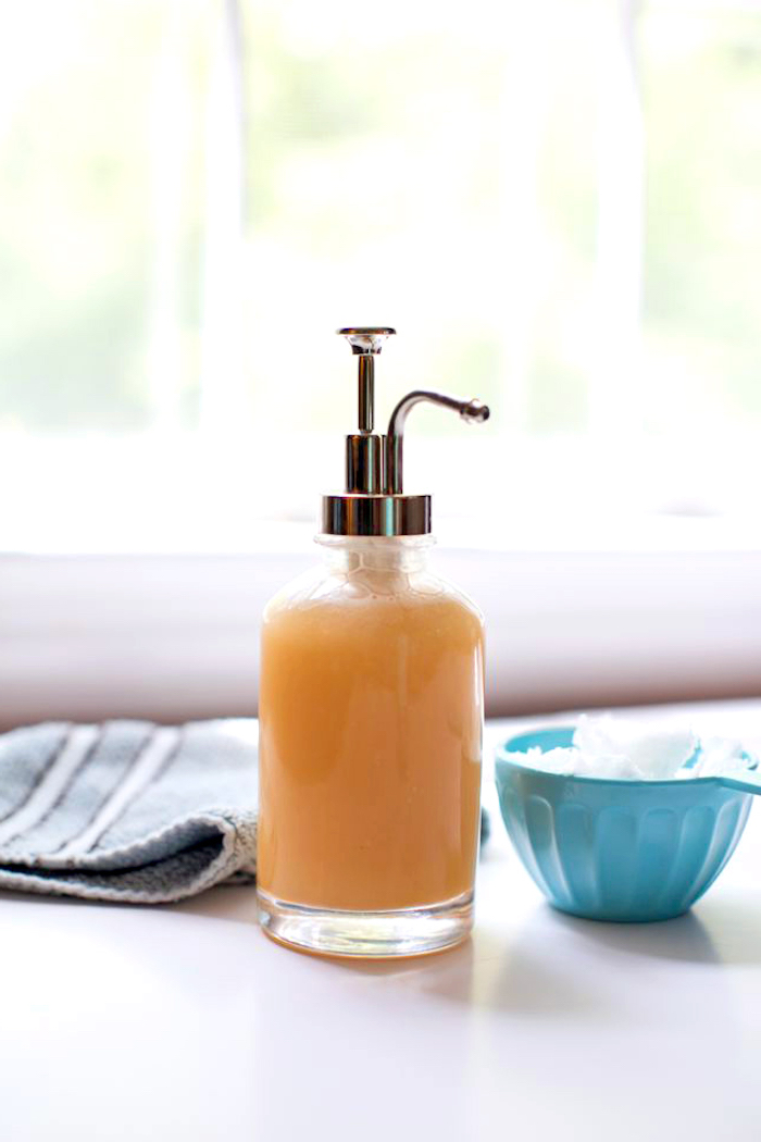 basische körperpflege, duschgel mit süßem Orangenöl und Eukalyptus