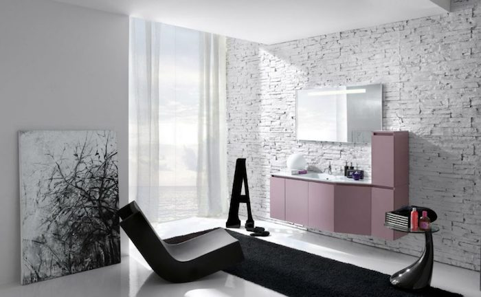 bad einrichten, bad in schwarz und weiß mit rosa schrank als farbakzent