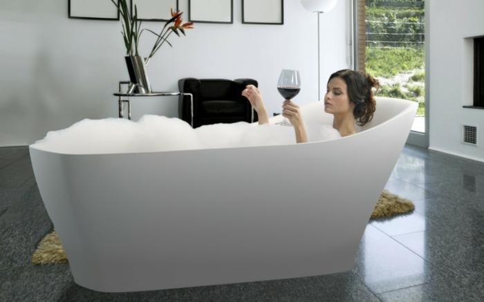 Aromatherapie zuhause mit selbstgemachtem Badesalz, Hausmittel gegen Stress und Müde, höchsten Komfort im eigenen Badezimmer