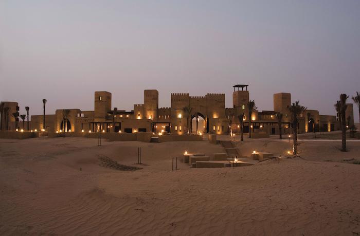 dubai ausflüge abenteuer in der wüste schönes foto beleuchtung lich lichter