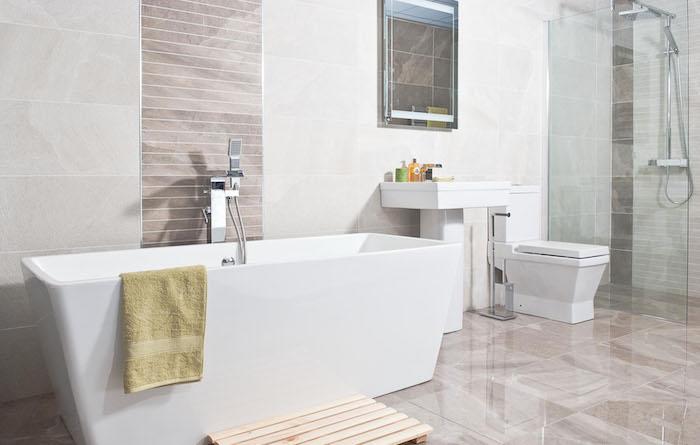 Moderne Badezimmer: Diese Farben Und Materialien Liegen Im Trend ...