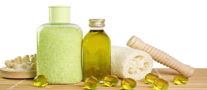bio kosmetik, badesalz und duschöl mit grünem tee und glycerin