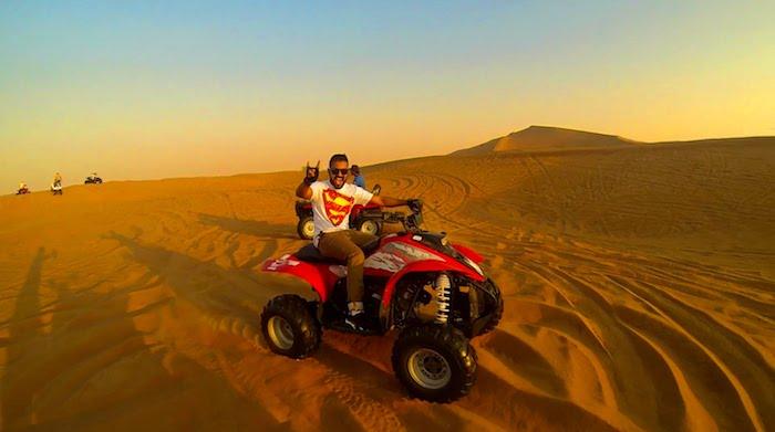 ausflüge dubai ein superman erfreut tolle erlebnisse in der wüste safari atv fahren