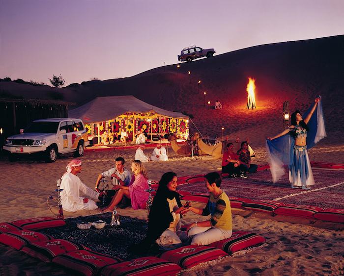 wo liegt dubai safari wüste und wasser oase vereinigte arabische emiraten
