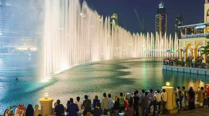 wo liegt dubai die stadt des luxus magische springbrunnen tanz der brunnen dubai mall