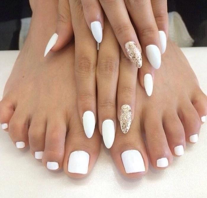 schöne gelnägel in weißer farbe fingernägel und fußnägel in der selben farbe lackieren und gestalten spitze nägel