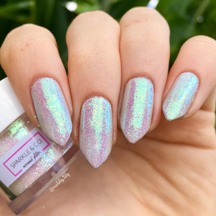 gelnägel glitzer tolle effekte auf den nägeln schöne glitter effekte in verschiedenen farben glänzende nägel