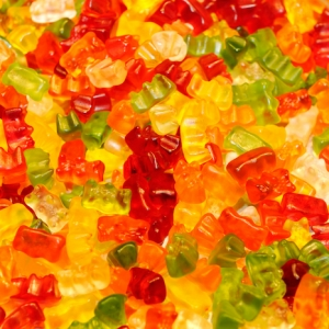Schnelle und einfache Rezepte, wie Sie Gummibärchen selber machen
