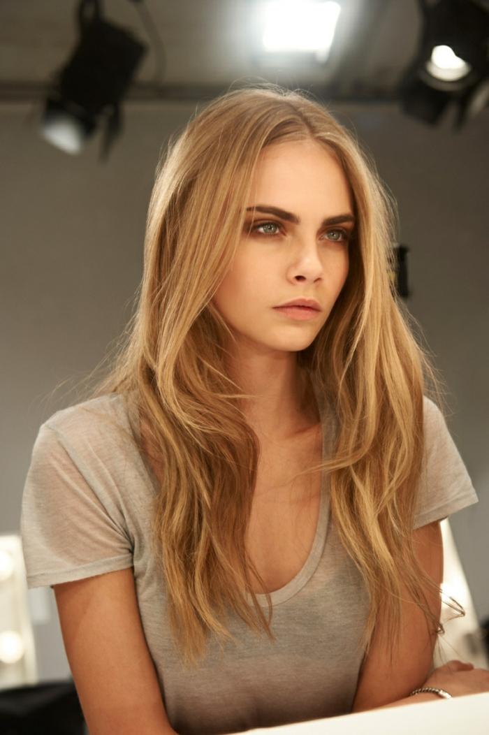 Lange blonde haare blaue augen ach wie schon